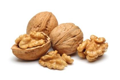 Raw-whole-walnuts